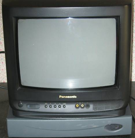 STB20M with TV set on top